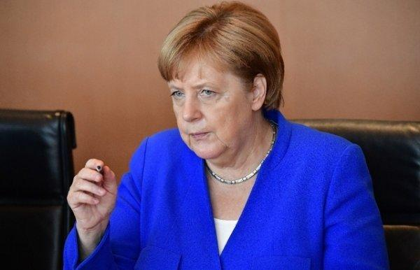 Angela Merkel remet Donald Trump à sa place