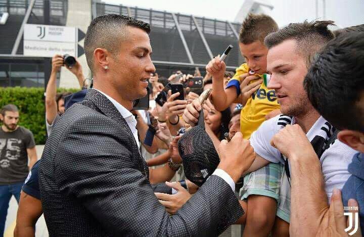 Cristiano Ronaldo est arrivé à Turin pour sa visite médicale