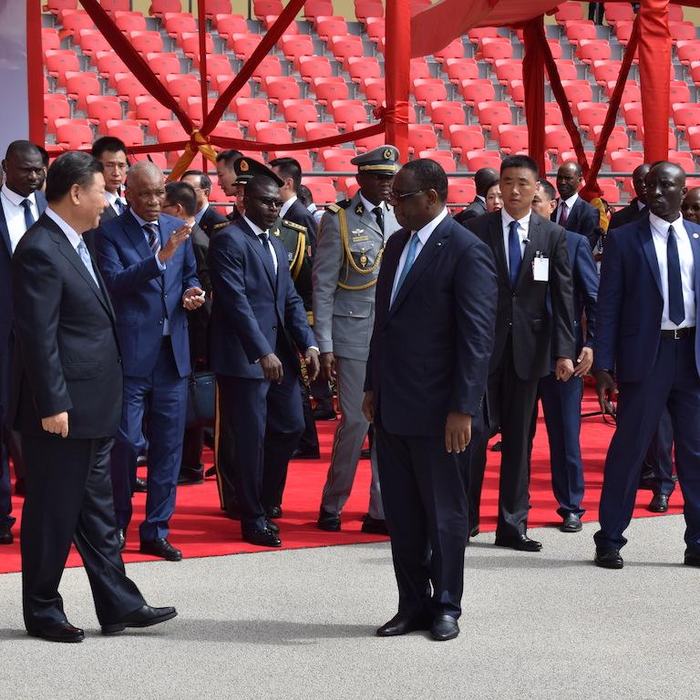 Photos : Remise des clés de l'arène nationale par le président chinois