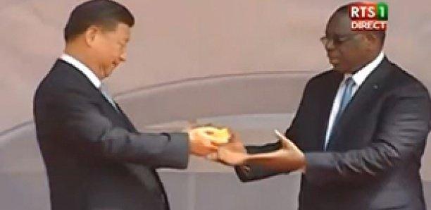 Arène nationale:  Xi Jinping remet les clés à Macky Sall
