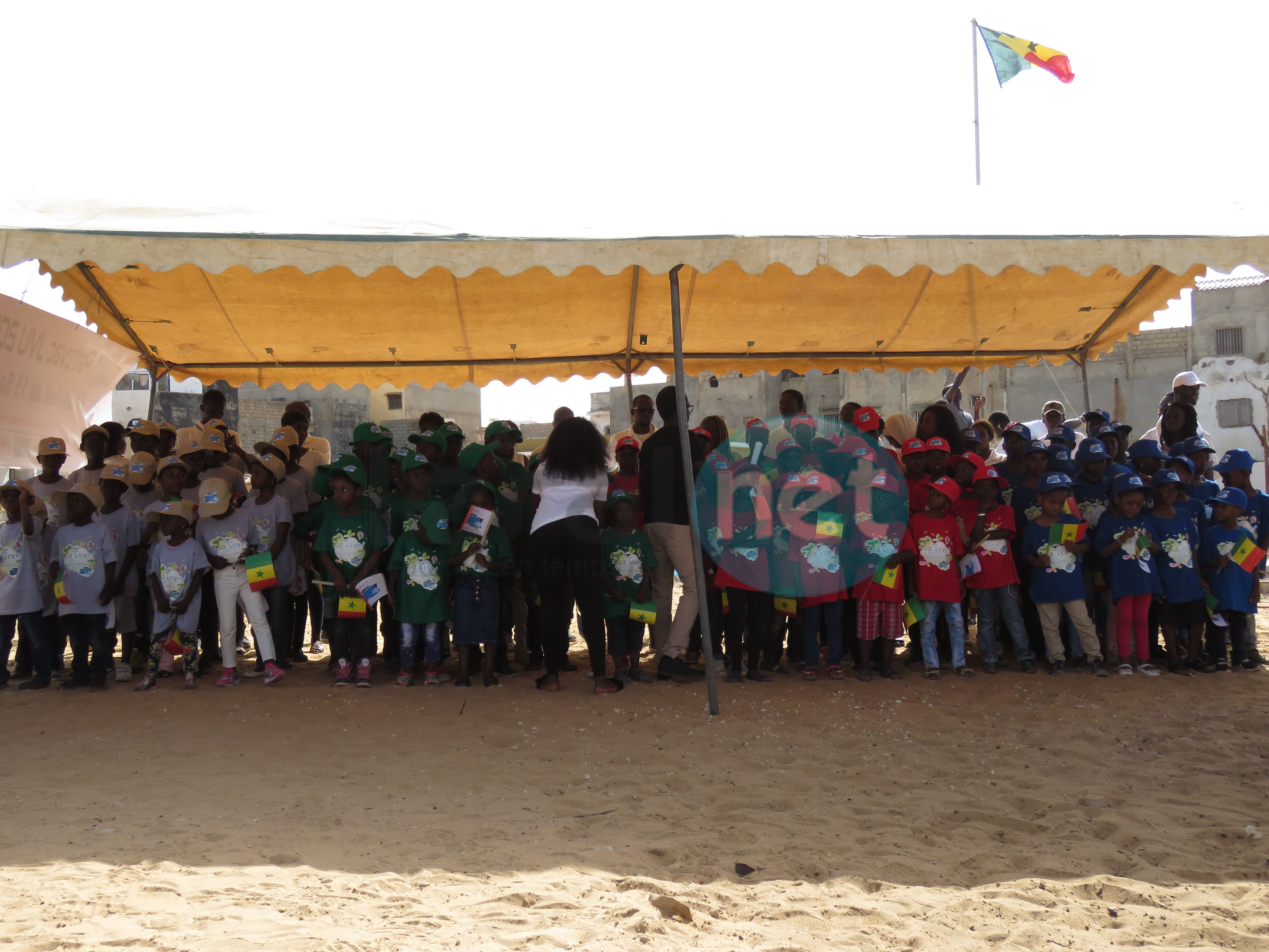 Photos : La cérémonie de levée des couleurs de l'Association des Jeunes Voisins Unis (JVU)