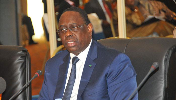 """Macky Sall sur la pénurie d'eau: """" Je ressens les difficultés des populations de la région de Dakar"""""""