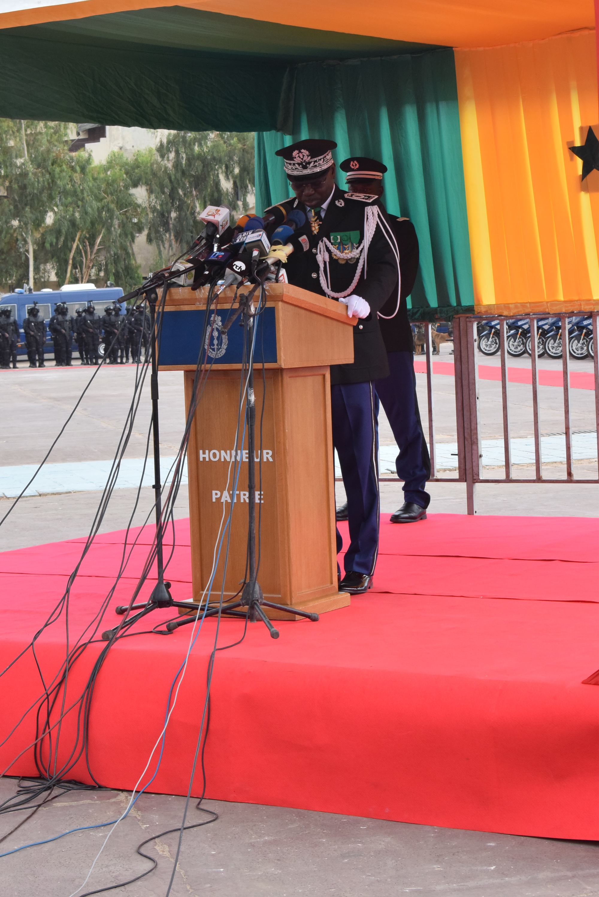 Photos : Installation de Cheikh Sène dans ses fonctions de nouveau Haut Commandant de la Gendarmerie nationale et Directeur de la justice militaire