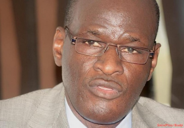 Déballage contre Wade et Karim: Thierno Lô en larmes, indigné par les sorties de Souleymane Ndené et Cie