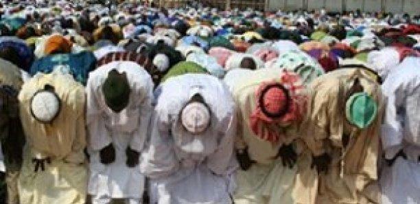 Parcelles Assainies: Des Musulmans prient pour la pluie