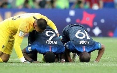 Polémique : Paul Pogba fête « Tabaski » l'Eid Mubarak et se fait lyncher sur…