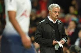 Mourinho craque face à la presse en réclamant respect
