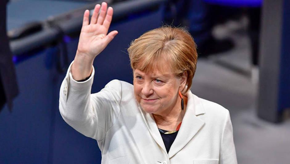 Le message fort de Youssou Ndour hier à Hambourg,  à Angela Merkel, A la vielle de sa visite a Dakar