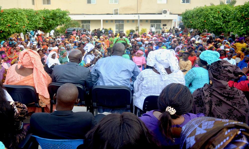 Parrainage de Macky Sall à Rufisque : près de 2 000 femmes se joignent à Oumar Gueye