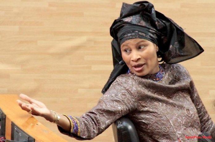 Lancement du parrainage : Aïssata Tall Sall s'engage devant ses militants et devant le peule sénégalais