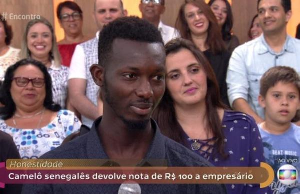 Incroyable – Découvrez ce jeune Sénégalais devenu une star au Brézil grâce…