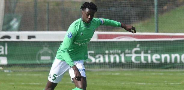 Mort du footballeur William Gomis : ses anciens coéquipiers de l'AS Saint-Etienne créent une collecte pour sa famille