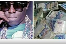 Détention de faux-billets : Le rappeur Ngaka Blindé, renvoyé devant le tribunal correctionnel