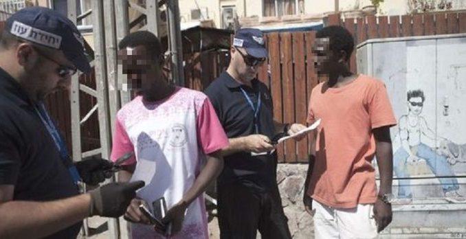 """Emigration clandestine : 20 """"supporters des Lions"""" arrêtés et  détenus dans les prisons russes"""