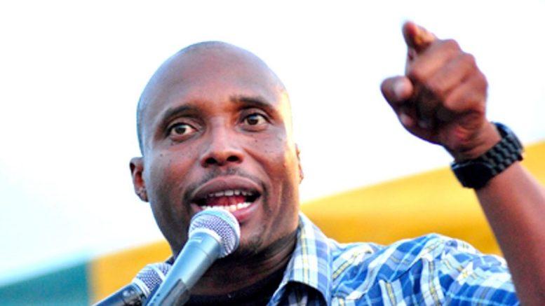 Pour éviter un bain de foule : Barthelemy Dias, libéré de force à 5h du matin, sans le sous et sans escorte