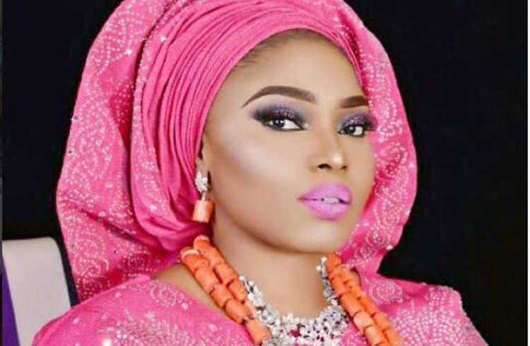 Halima Abubakar de Nollywood est toujours vierge à 33 ans