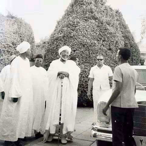 Photos : Une photo rare de Mawlana Cheikh AL islam El Hadj Ibrahim Niass