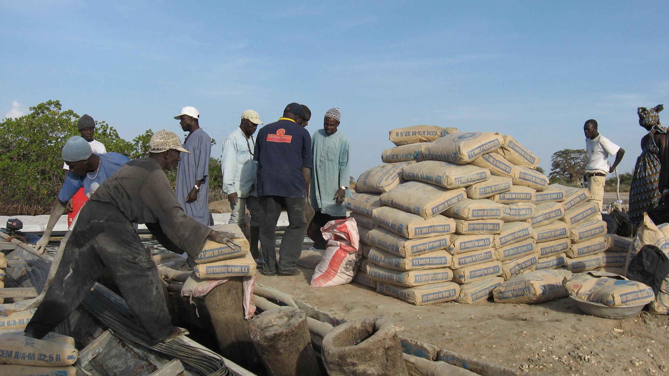 Le Ministre du Commerce annule la hausse du prix du ciment