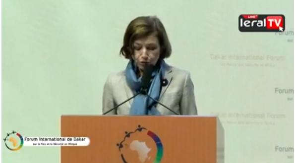 La ministre des armées de la France rend hommage les soldats Africains