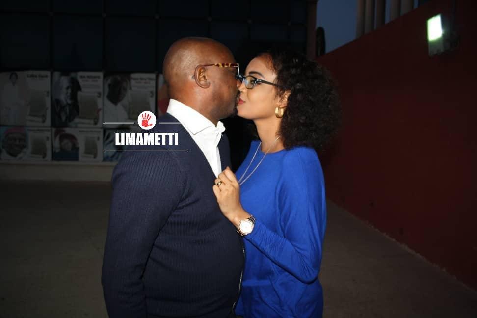 Photos : Sidath Thioune embrasse sa femme, regardez