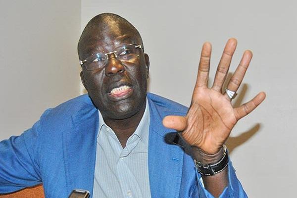 Babacar Gaye cogne Macky Sall: « Quelqu'un qui peinait à payer un loyer de 60 000 francs Cfa, doit raser les murs, après s'être enrichi... »