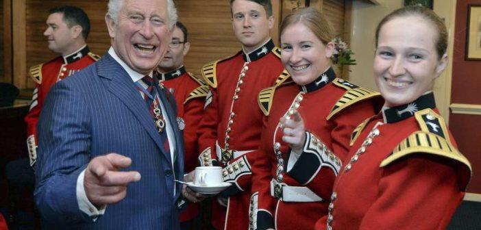People : Le fils aîné de la reine d'Angleterre fête ses 70 ans!