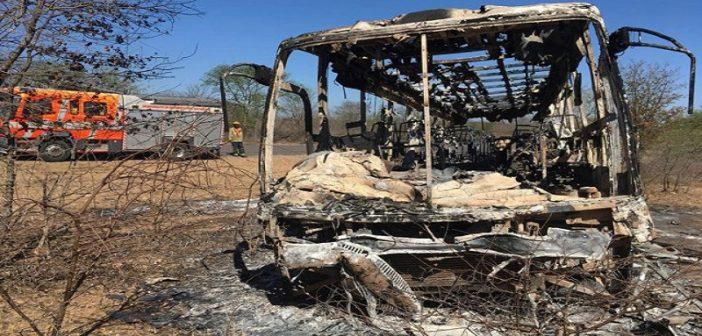 Zimbabwe: L'incendie d'un bus fait plusieurs morts