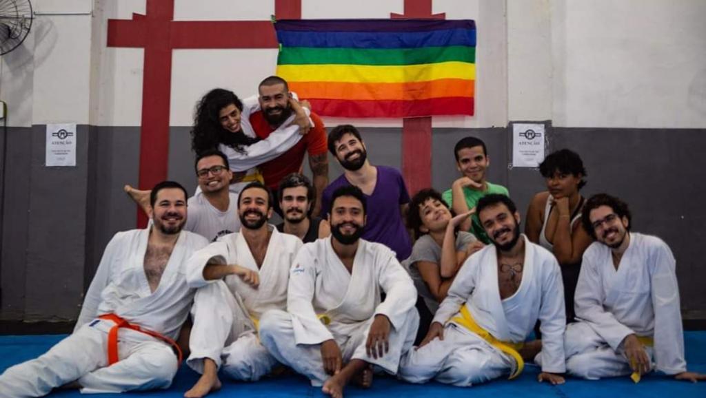 Brésil: avec Bolsonaro, les cours d'autodéfense pour femmes et LGBT explosent
