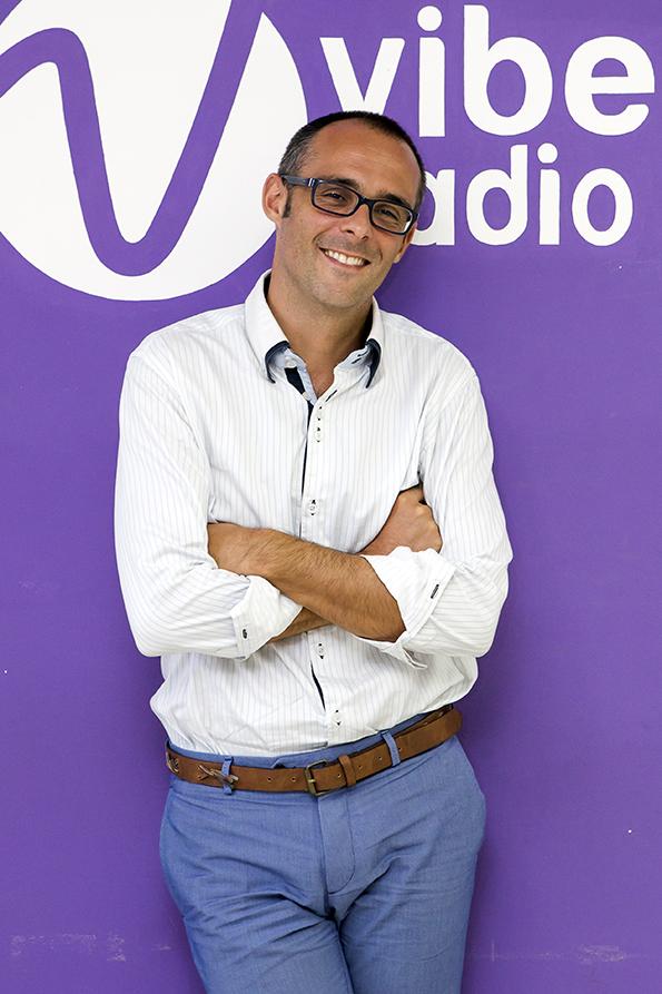 Rencontre avec Gabriel Bartolini, directeur de Vibe Radio Sénégal, installé à Dakar depuis 2014