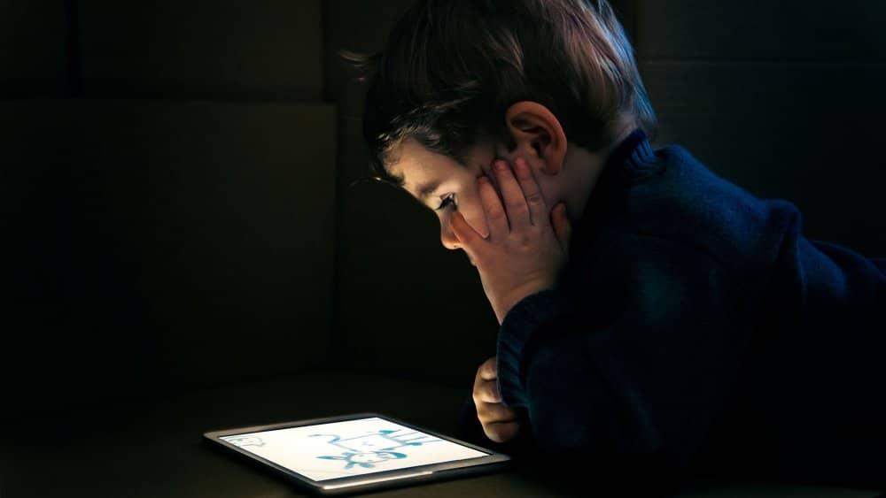 Comment les écrans modifient le cerveau des enfants