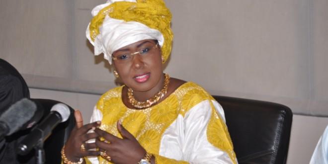 Air Sénégal est aujourd'hui détenue à 100% par la Caisse des Dépôts et Consignations (CDC)