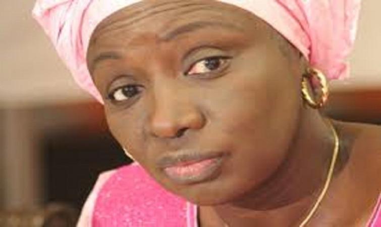 """Aminata Touré: """"Karim Wade doit se résoudre à ajuster son ego à celui de son statut de repris de justice..."""""""