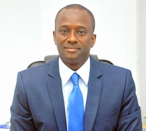 Un appel d'offres du Port pour un projet de vente d'électricité́ stoppé : Macky Sall « gifle » Aboubacar Sédikh Bèye