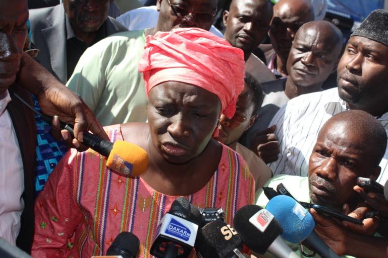 """Aminata Touré après avoir reçu le PV du Conseil constitutionnel : """"nous avons eu 4132 signatures rejetées, mais..."""""""