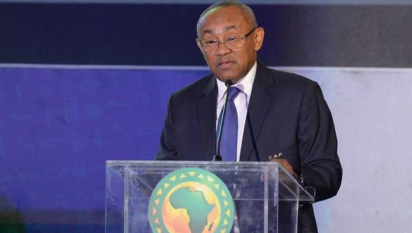 CAF Awards: l'avion des présidents de la CAF et de la FIFA tombe en panne