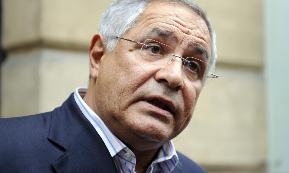"""L'avocat Robert Bourgi suspendu pour ses propos """"violents"""" à l'encontre de François Fillon"""