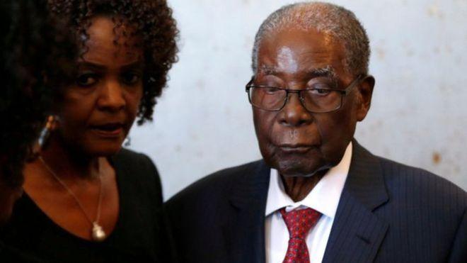 Zimbabwe: Une valise d'argent volée chez Mugabe
