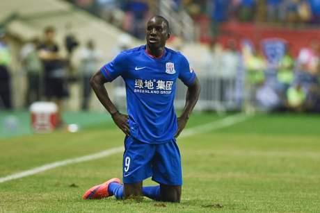 Demba Bâ : « Personne n'a accompli sa mission en équipe nationale »