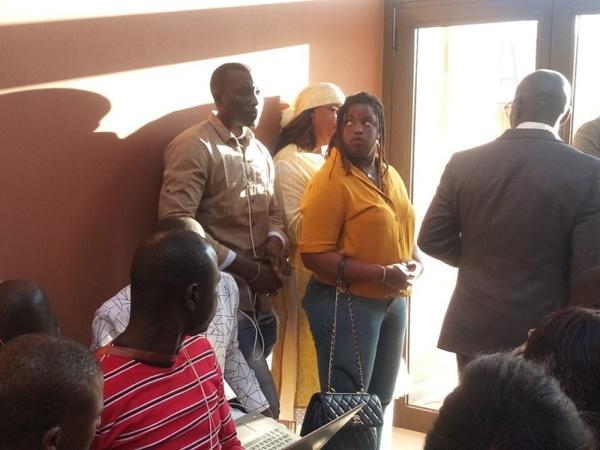 Photo : Marième Faye Sall et sa fille s'invitent à l'installation du directoire de campagne du candidat de BBY, Macky Sall