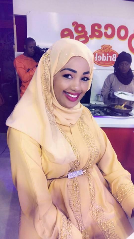 World Hijab Day: Dieynaba Seydou Bâ belle comme une femme de sultan