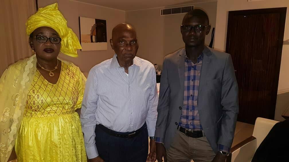 Le Président Abdoulaye Wade rencontre Aïda MBODJ