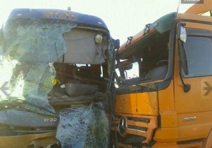Thiadiaye : Un apprenti-chauffeur coincé durant plus d'une heure suite à un accident