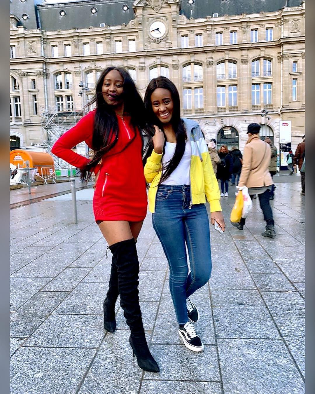 Photos : Queen Biz et sa soeur, fi tojna rajax...