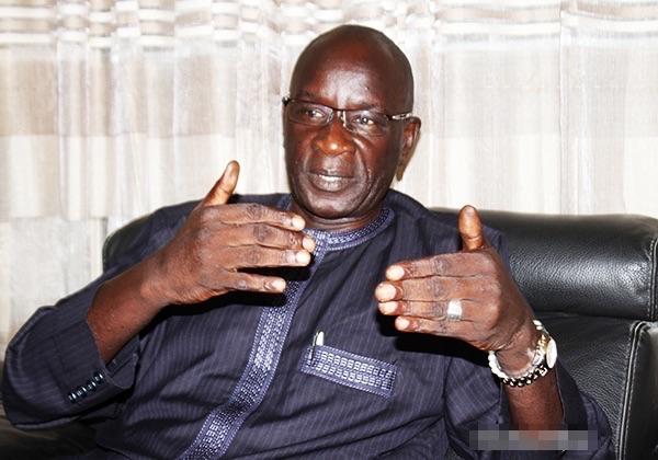 Serigne Mboup, DG SAR: « Khalifa Sall et Karim Wade peuvent être amnistiés »