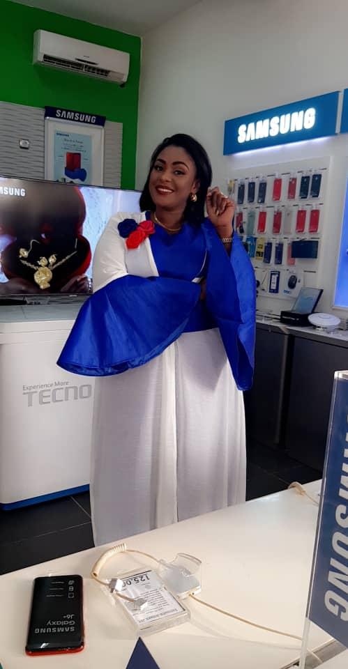 Photos : Adja est-elle devenue la Brand Ambassador de Samsung ?