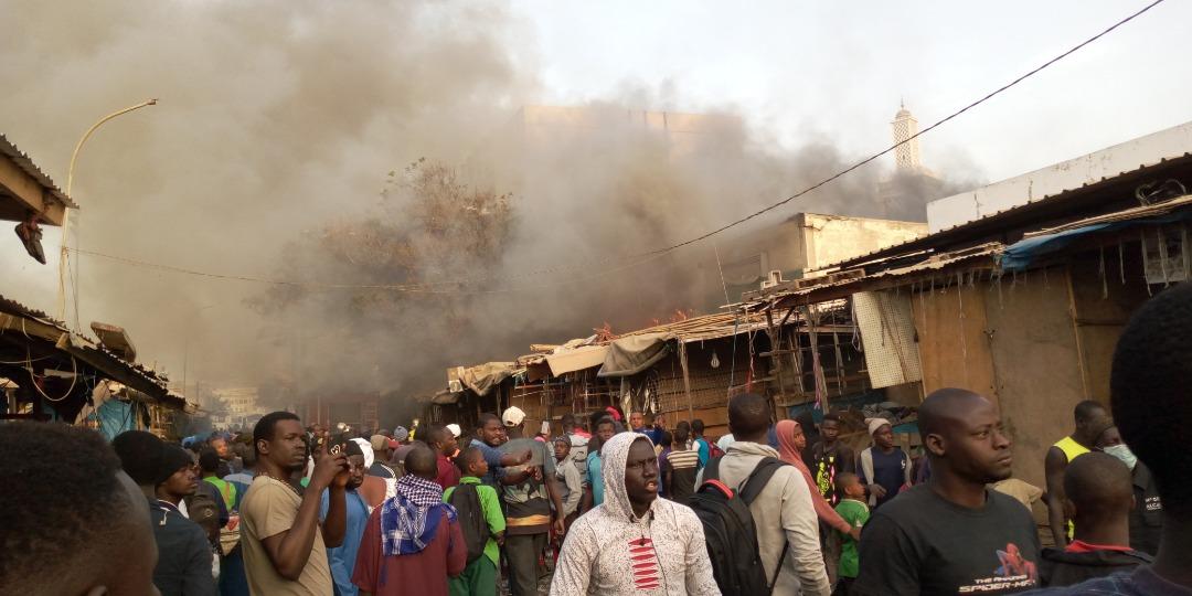 Images insoutenables de l'incendie qui a ravagé le marché Petersen