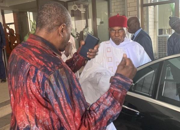 Déménagement : Après l'hôtel Terrou-Bi, Abdoulaye Wade s'installe à…