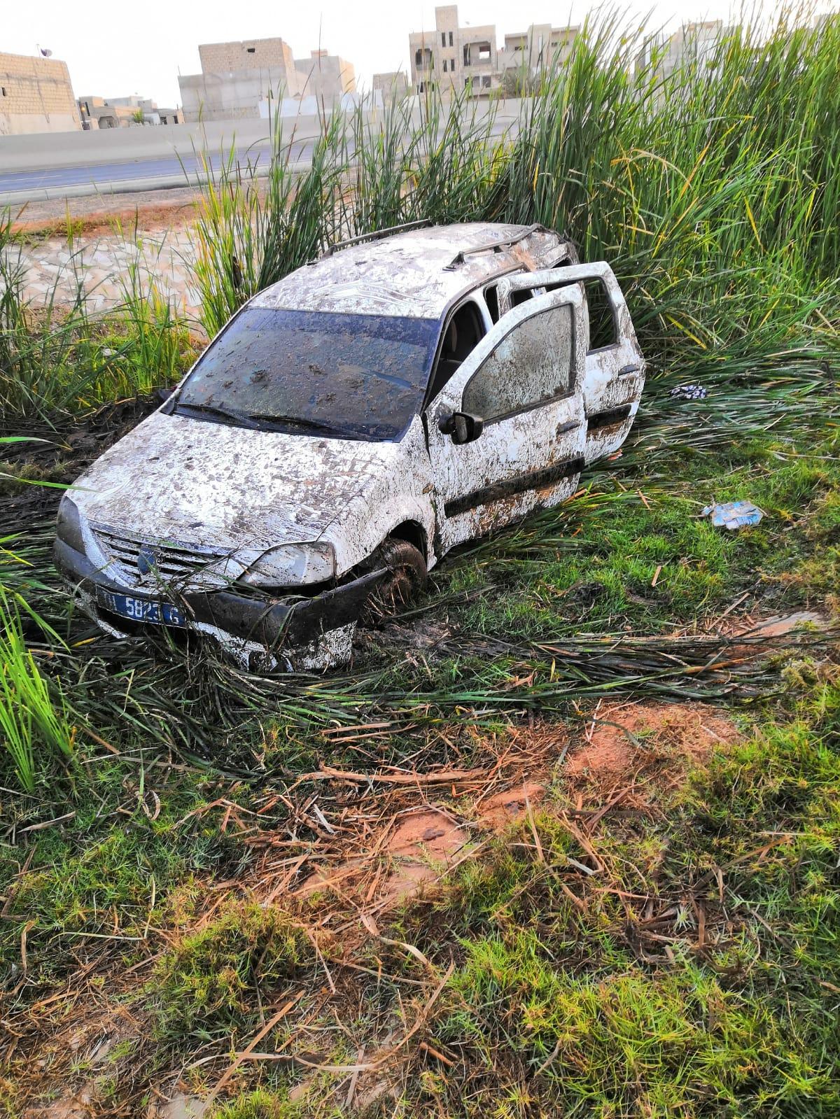Photos : Accident rocambolesque sur l'autoroute a péage à hauteur de Keur Mbaye Fall