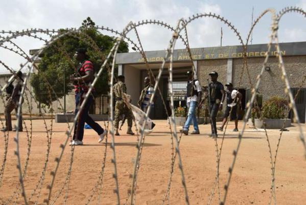 Scandale à la prison de Diourbel: Un détenu battu à mort par...