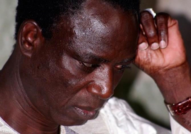 Affaire des faux billets : Le Procureur requiert 2 ans…contre Thione Seck qui fond en larmes